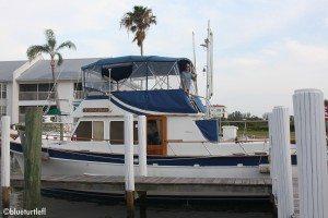 photo of trawler at marina