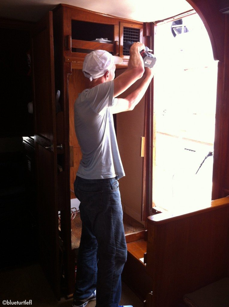 Removing the door jam