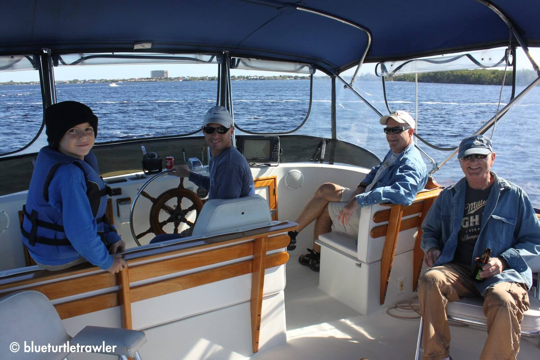 Cruising up the Caloosahatchee with Randy, Corey, Gerry and Johnny