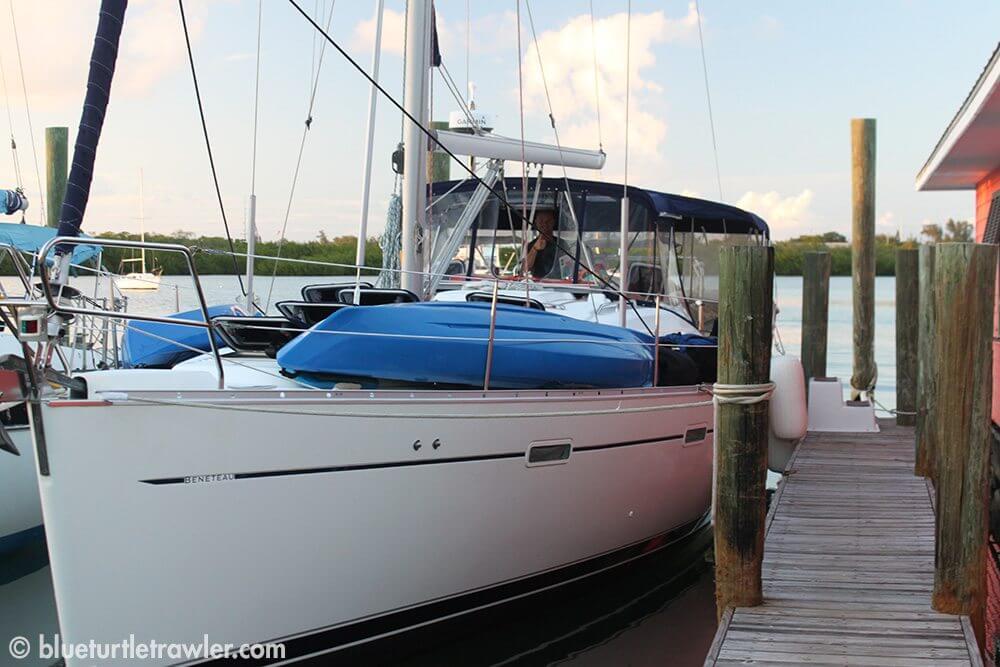 40' Beneteau sailboat, Head Over Keels