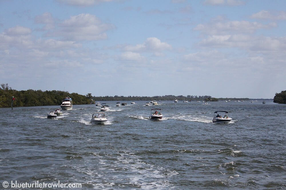 Lots of boats on the water at the miserable mile