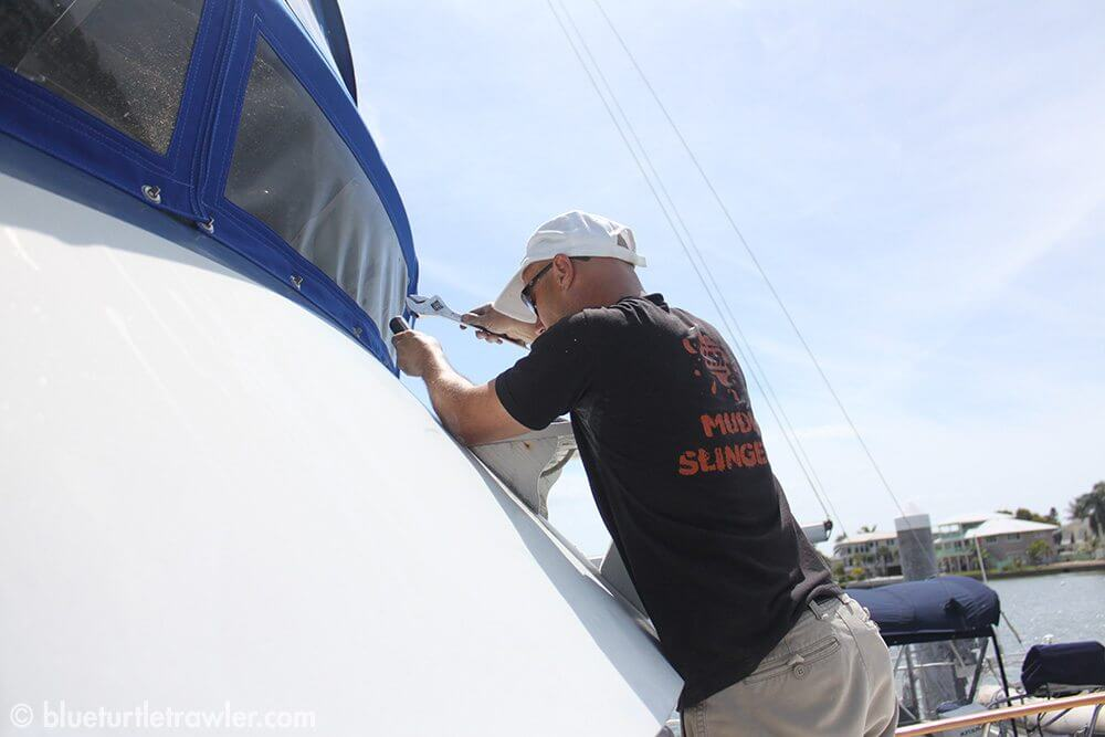Removing the wooden radar mount from the front