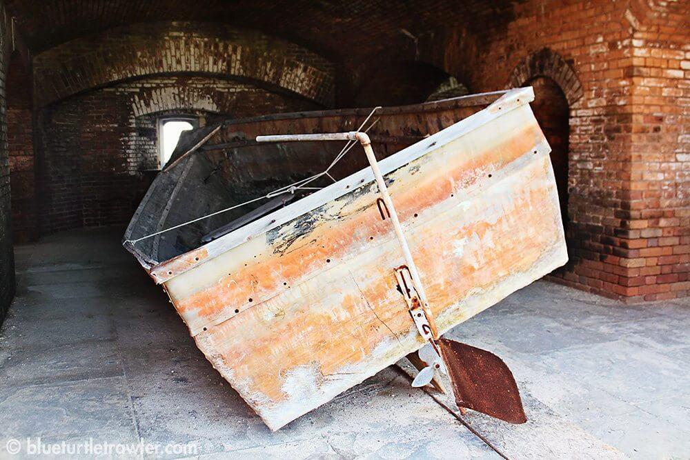 Old boat inside the fort
