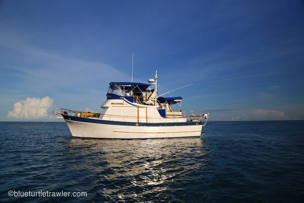 Blue Turtle rafted up next to Sea Crazy at the Dry Tortugas