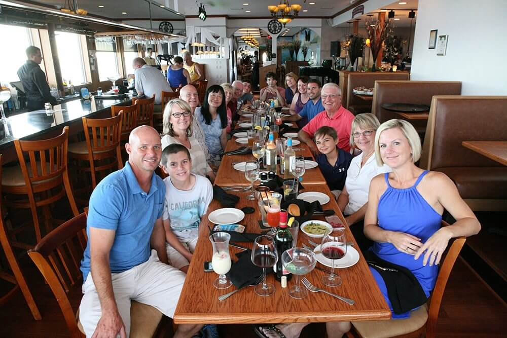 Family dinner the night before the wedding at Island View restaurant
