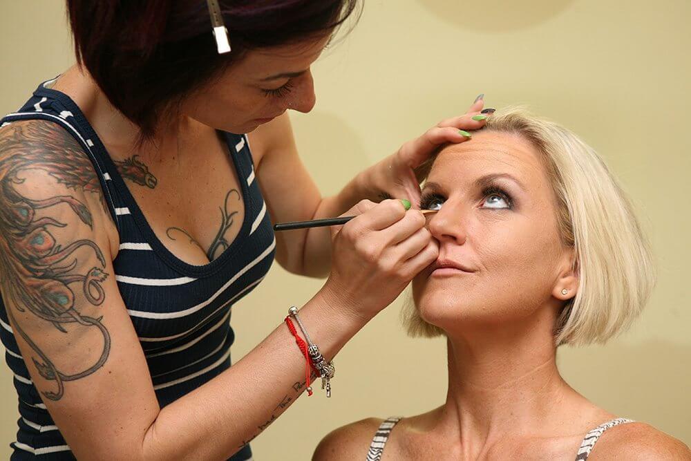 Star works her makeup magic