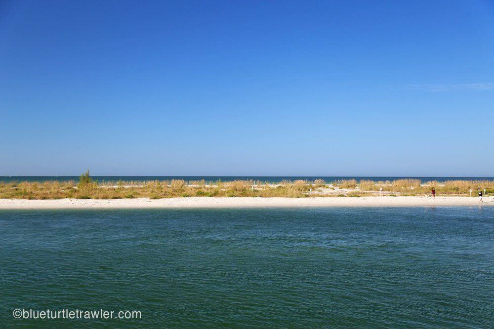 Gorgeous Keewaydin view of the Gulf
