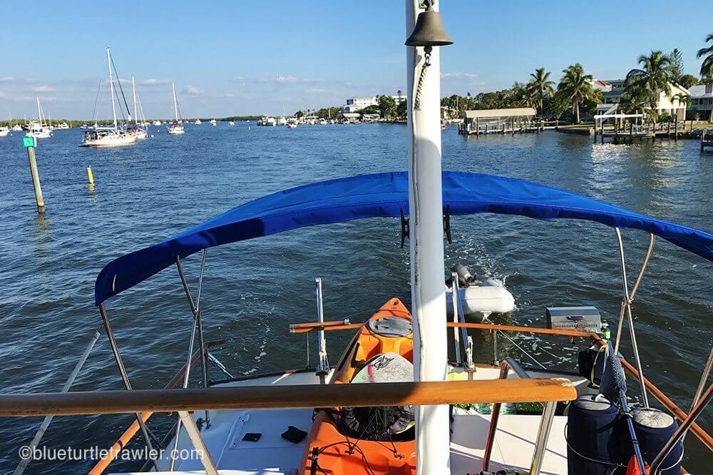 Heading toward Matanzas Bridge to anchor