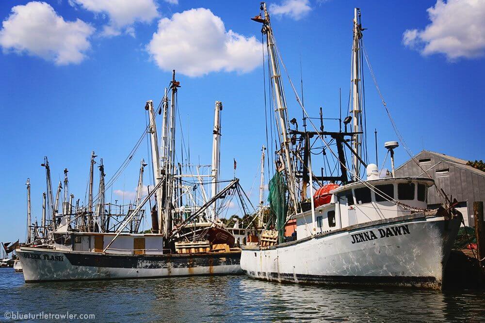 shrimp boats fort myers beach