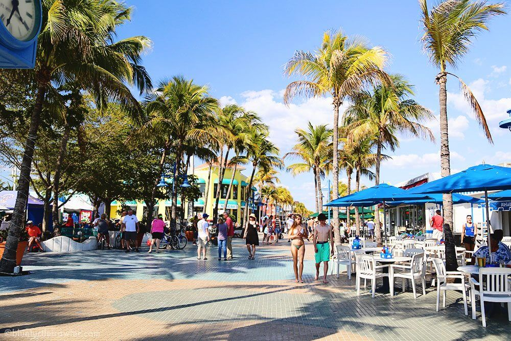 Times Square Fort Myers Beach Shrimp Festival 2017 Blue Turtle Trawler