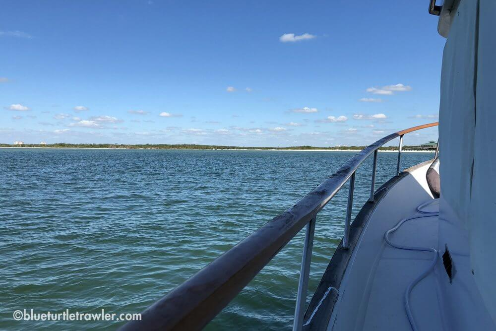 Weekend at New Pass and a minor battery issue - living-aboard