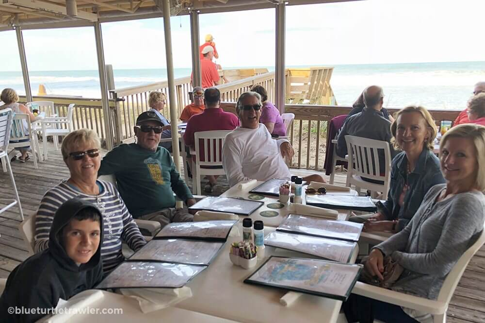 Beachfront dinner with friends and family